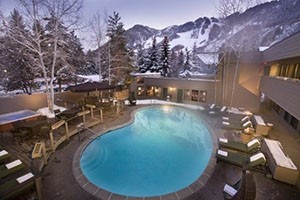 Molly Gibson Lodge :: Situated in downtown Aspen, only 3.5 miles from the airport, this boutique lodge features luxurious rooms, heated pool, 3 hot tubs, suites with fireplaces & free Wi-Fi !