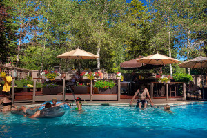 Save 20% at the Molly Gibson Lodge